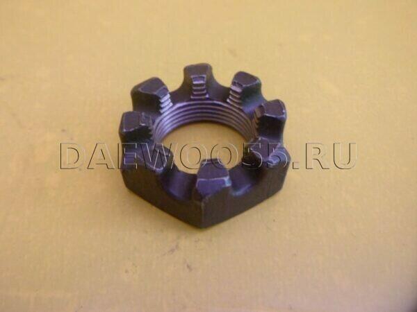 Гайка ступицы передней корончатая HD 65 78