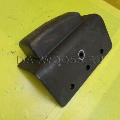 Отбойник Daewoo 6x4 задней рессоры LH 34230-12030
