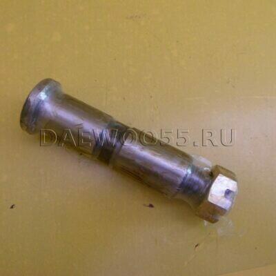 Палец рессоры передний HD120 (резьба шплинт) 54224-62001, 5422462001