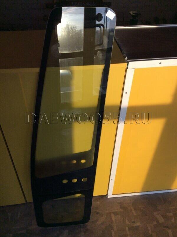 Стекло двери левой Daewoo Ultra длинное (3 отверстия) 37521-00370, 3752100370