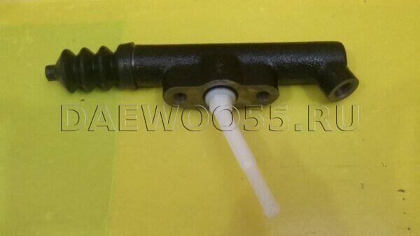 Цилиндр сцепления главный Daewoo Ultra (24) 33161-00390, 3316100390