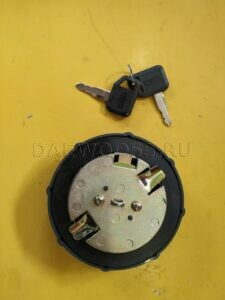 Крышка топливного бака Daewoo Novus (2 усика)