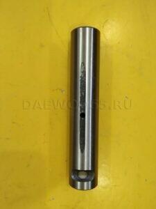 Палец рессоры задней DW 42 (32166)