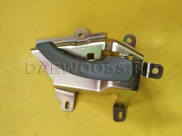 Ручка двери Daewoo Novus RH внутренняя 36424-10023DB, 3642410023DB