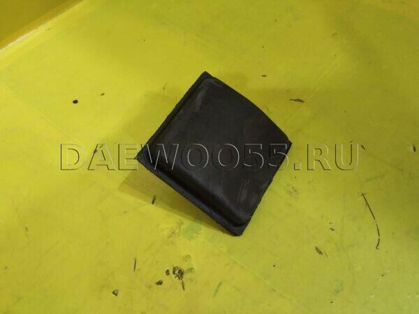 Подушка-отбойник задней рессоры HD72 55260-45001, 5526045001