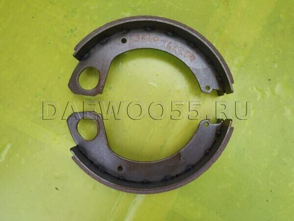 Колодки стояночного тормоза HD120 59830-62250, 5983062250