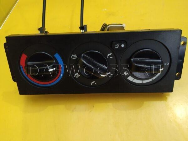 Блок управления отопителем (печкой) Daewoo Novus 38958-00020BK, 3895800020BK