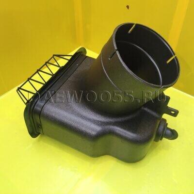 Воздухозаборник под квадратную гофру Daewoo Novus 32416-01480, 3241601480