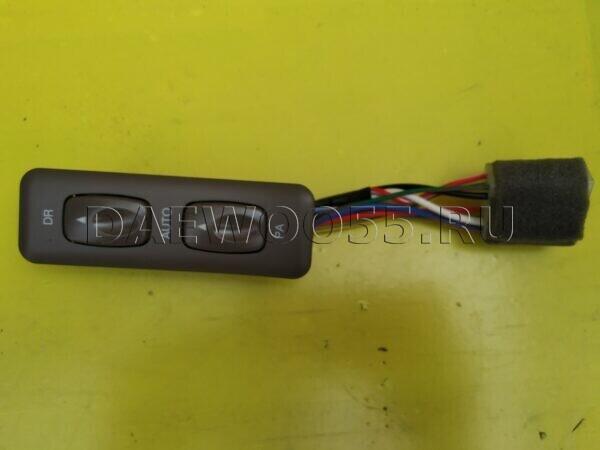 Кнопка стеклоподъёмника Daewoo Novus 38561-00060, 3856100060