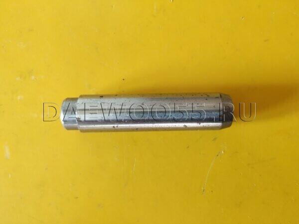 Направляющая втулка клапана Daewoo DL08 65.03201-1012, 65032011012