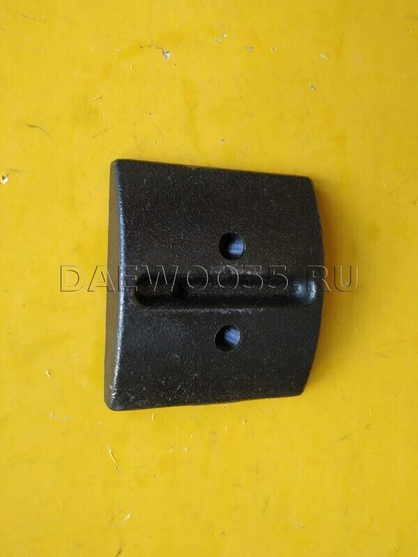 Отбойник задней рессоры Daewoo Novus 4x2 (скользун) 34230-00570, 34230-00570