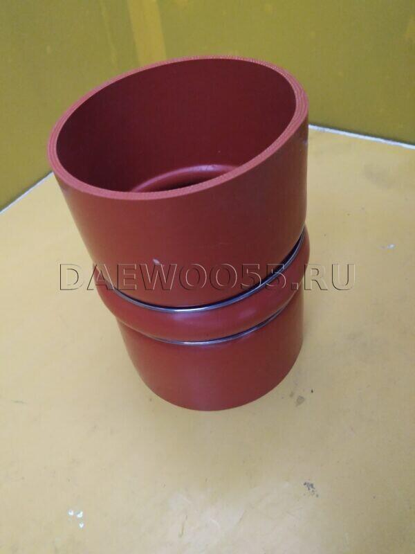 Патрубок интеркулера Daewoo Novus (красный) 32673-00650, 3267300650