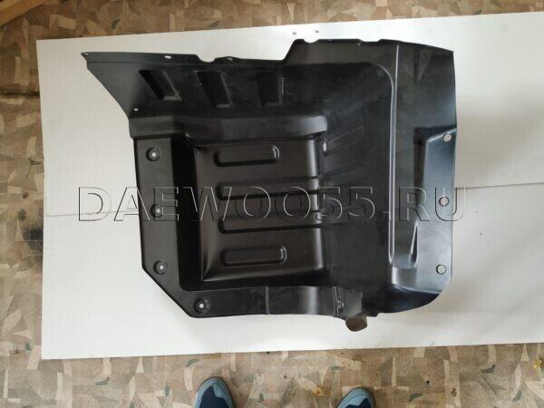 Подкрылок кабины Daewoo Novus RR 35411-10080, 3541110080